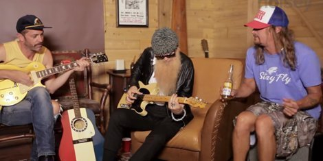 billy-gibbons-plays-the-blues-on-noiseys-guitar-moves-2