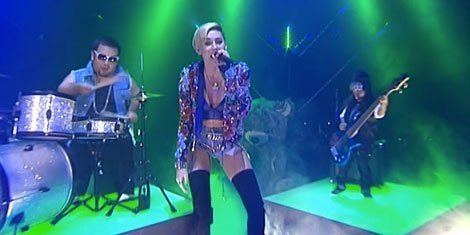 miley-cyrus-little-people-we-cant-stop