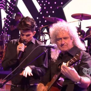 image for article Queen ft Adam Lambert & Fun. at iHeartRadio Festival 2013 [YouTube Official Video]