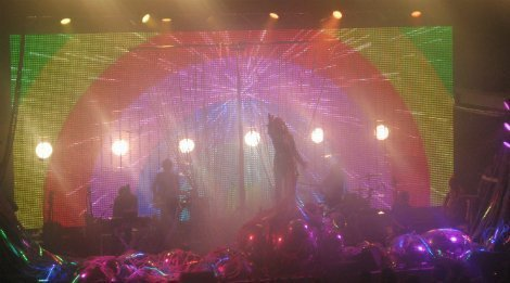 FlamingLips-Terminal5-rainbow-2013