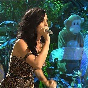Katy-Perry-SNL-Performance