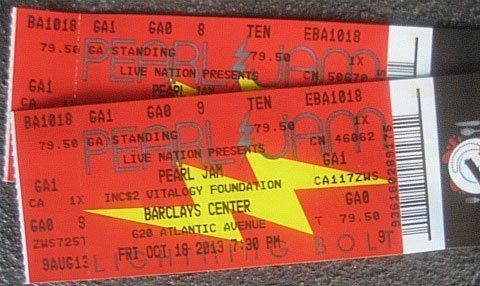 Pearl-Jam-Barclays-Center-Brooklyn-Lightning-Bolt-tickets-2013