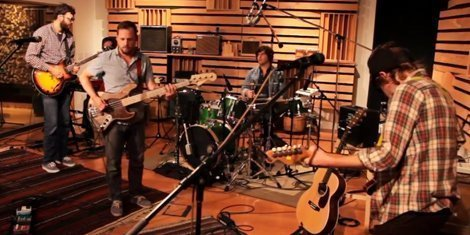 dr-dog-live-at-25th-street-recording-pandora-presents-youtube-video-2