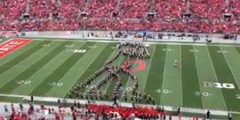 marching-band-moonwalk-michael-jackson