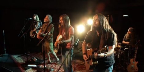 blackberry smoke-bob-weird