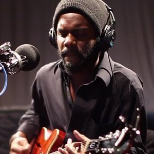 image for article Gary Clark Jr. on WNYC Soundcheck 11.19.13 [Full Interview & YouTube Videos]