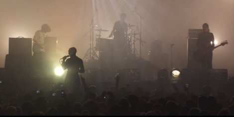 hit-me-savages-live-pitchfork-festival-paris