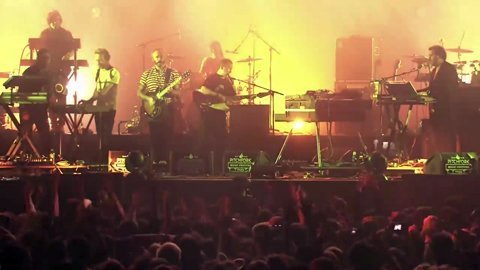 hot-chip-pitchfork-music-festival-paris-video-2013-band
