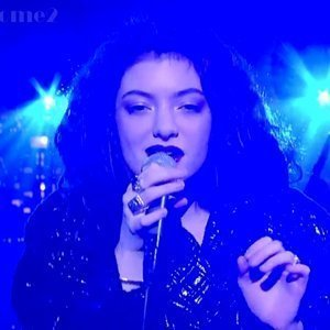 lorde-live-on-late-night-with-david-letterman-11-12-13
