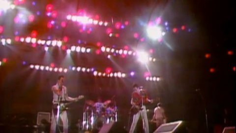 the-clash-us-festival-video-should-i-stay-or-should-i-go