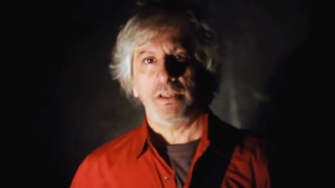 "image for article ""Late Descent #2"" - Lee Ranaldo and The Dust [YouTube Official Video]"