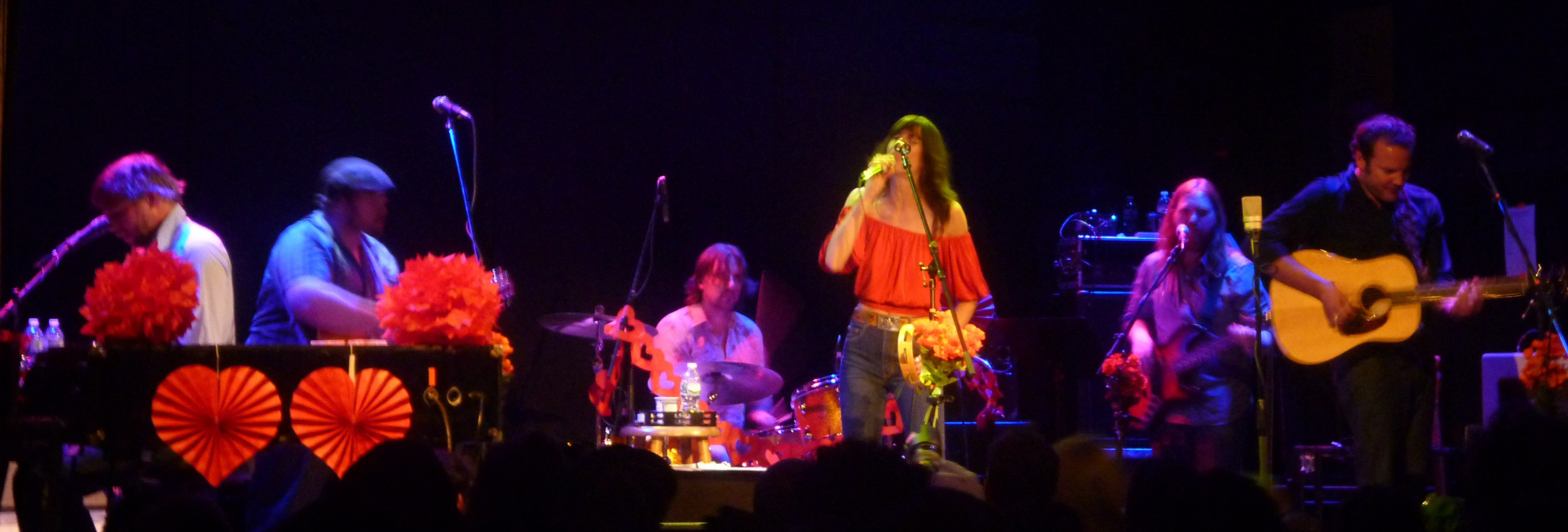 Nicki-Bluhm-and-the-Gramblers-bowery-ballroom-nyc-valentines-day-2014
