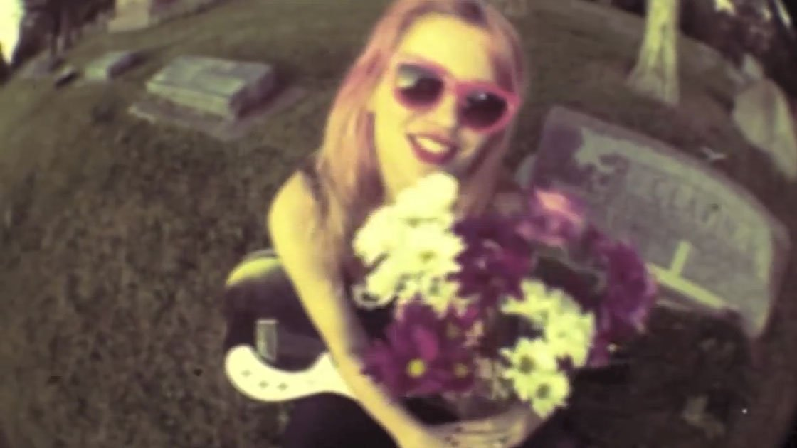 bleached-guy-like-you-official-video