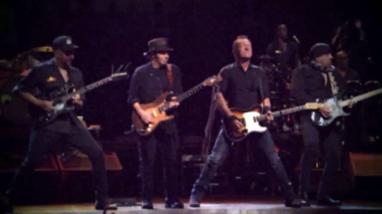 "image for article ""Highway To Hell"" - Bruce Springsteen (AC/DC Cover) Live in Australia 2.11.2014 [YouTube Official Video]"