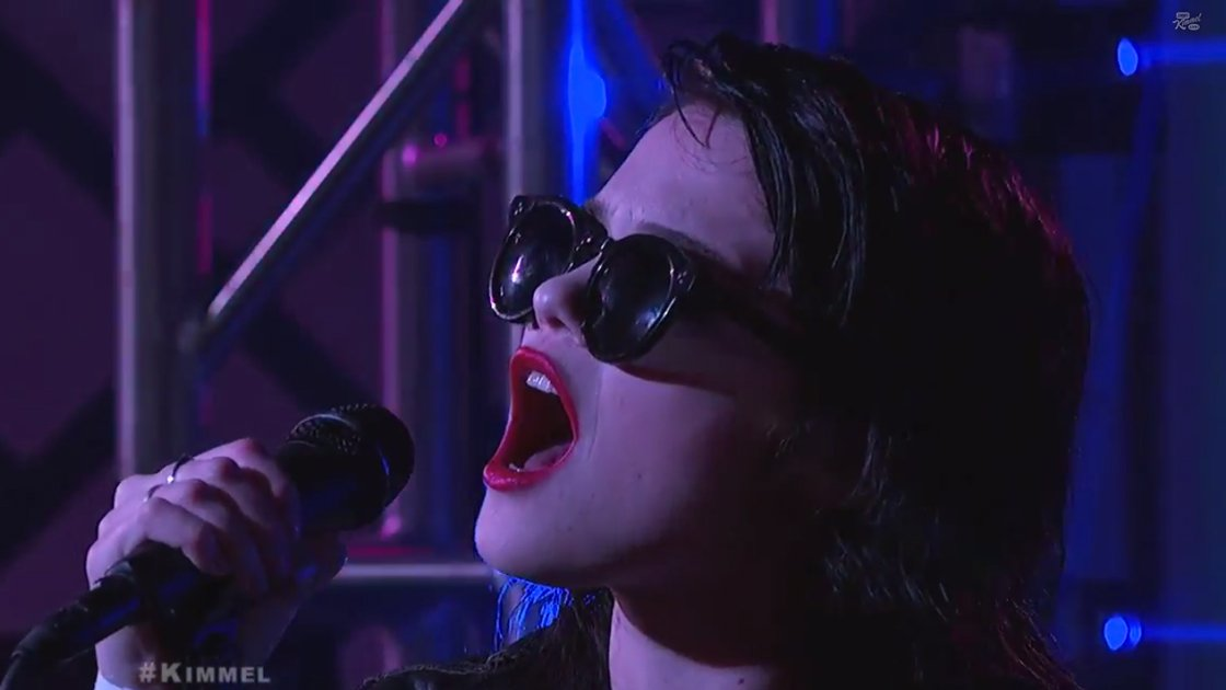 jimmt-kimmel-live-sky-ferreira--you're-not-the-one-2014-image-1
