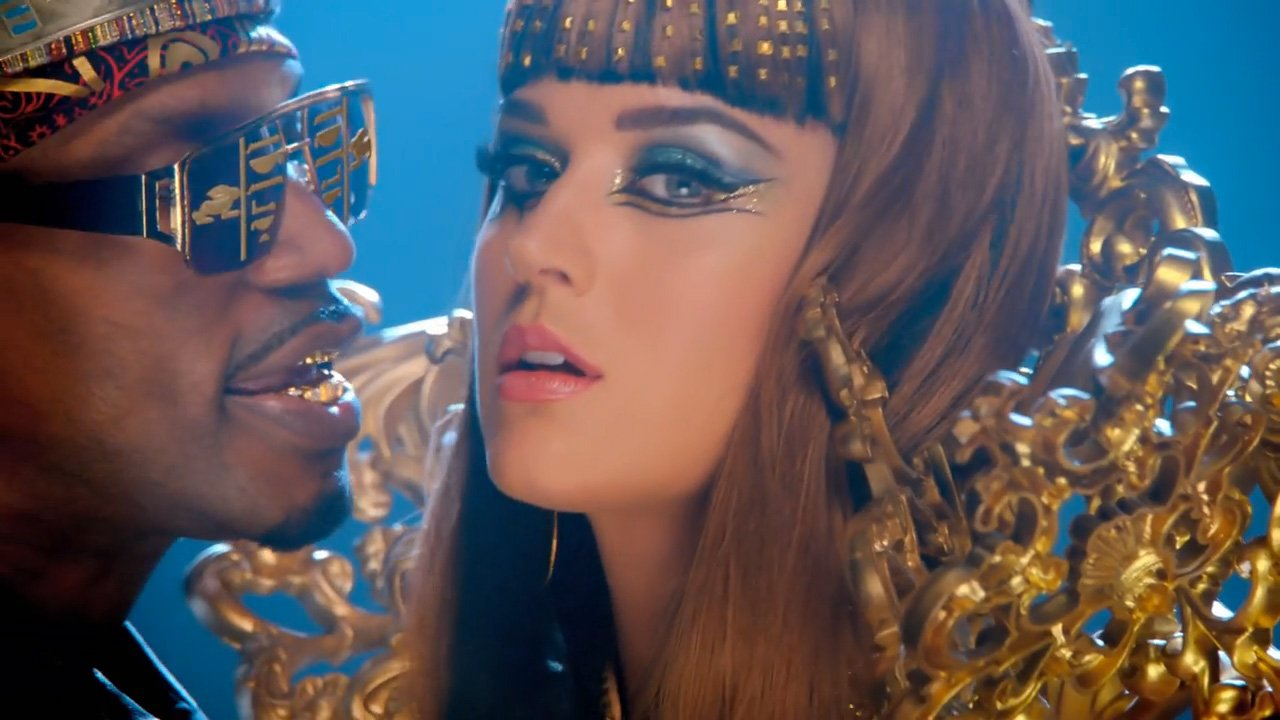 katy-perry-juicy-j-dark-horse-youtube-official-music-video-2014