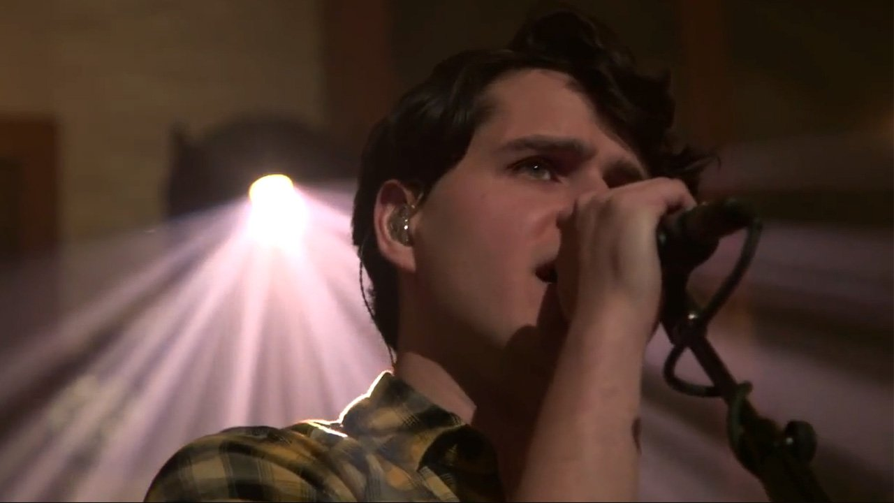 vampire-weekend-live-from-the-artists-den-2014-youtube-video-step