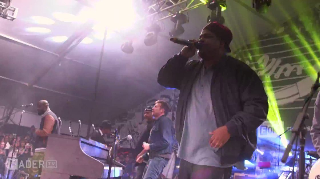 "image for article ""Feel Good Inc."" - Damon Albarn ft De La Soul at SXSW 2014 [YouTube Official Video]"