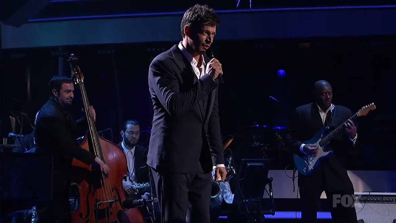 harry-connick-jr-american-idol-2014-youtube-video-bass-guitar