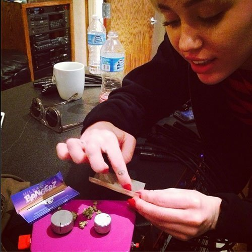 miley-cyrus-weed-studio-flaming-lips