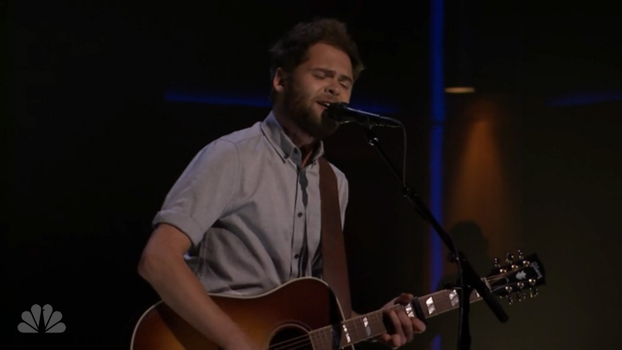 "image for article ""Scare Away the Dark"" - Passenger on The Tonight Show 3.28.2014 [Hulu Official Video]"