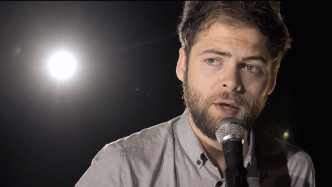 image for article Passenger Live Performance and Interview at Billboard Studio Session [YouTube Videos]
