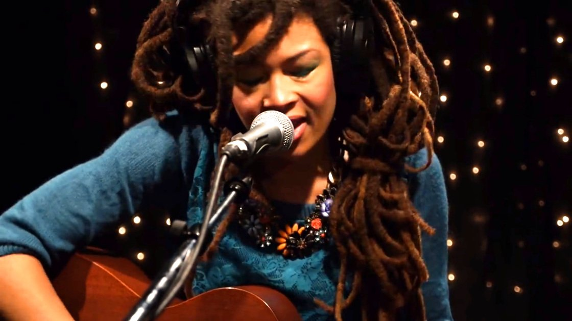 image for article Valerie June Live on KEXP 9.6.2013 [YouTube Video]