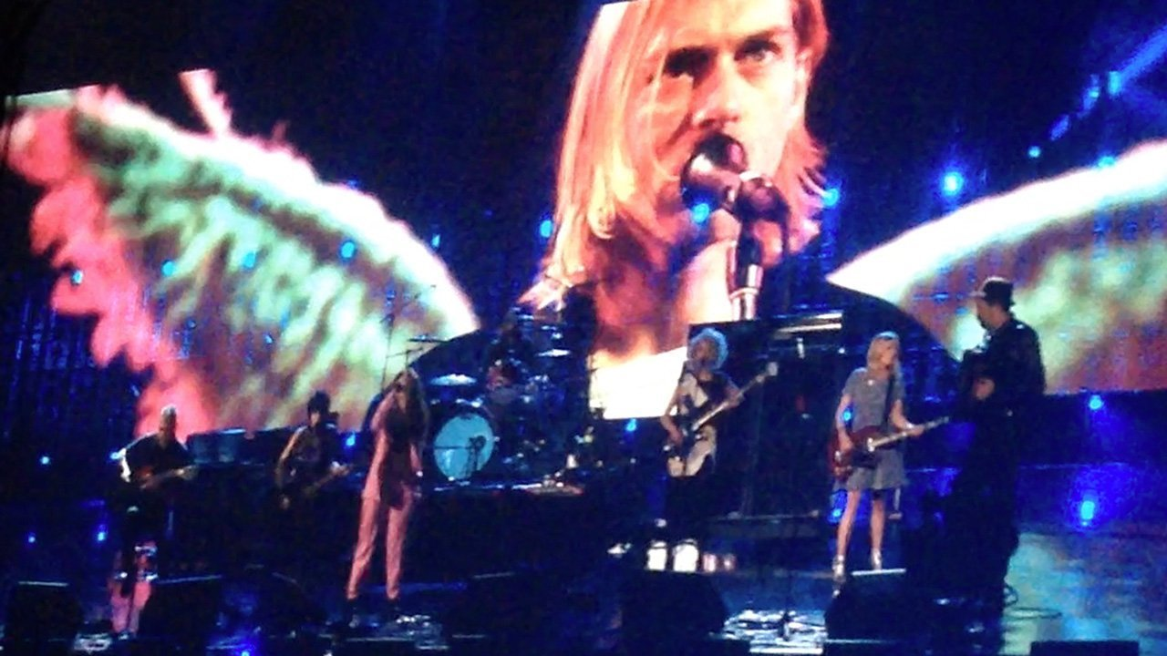 "image for article ""All Apologies"" - Nirvana ft Lorde, Joan Jett, Kim Gordon & St Vincent at the 2014 Rock and Roll Hall of Fame Induction Ceremony [Full YouTube Video]"