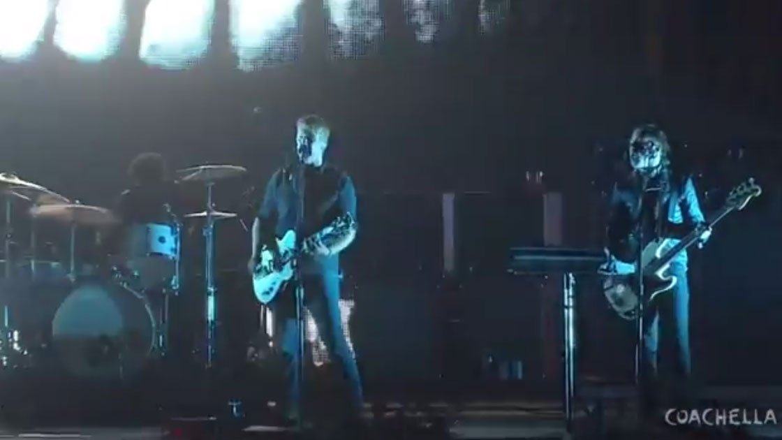 "image for article ""Make it wit Chu"" & ""Go with the Flow"" - Queens Of The Stone Age Live at Coachella 4.12.2014 [YouTube Video]"