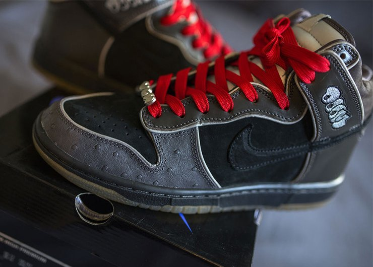 Nike Dunk High x MF Doom