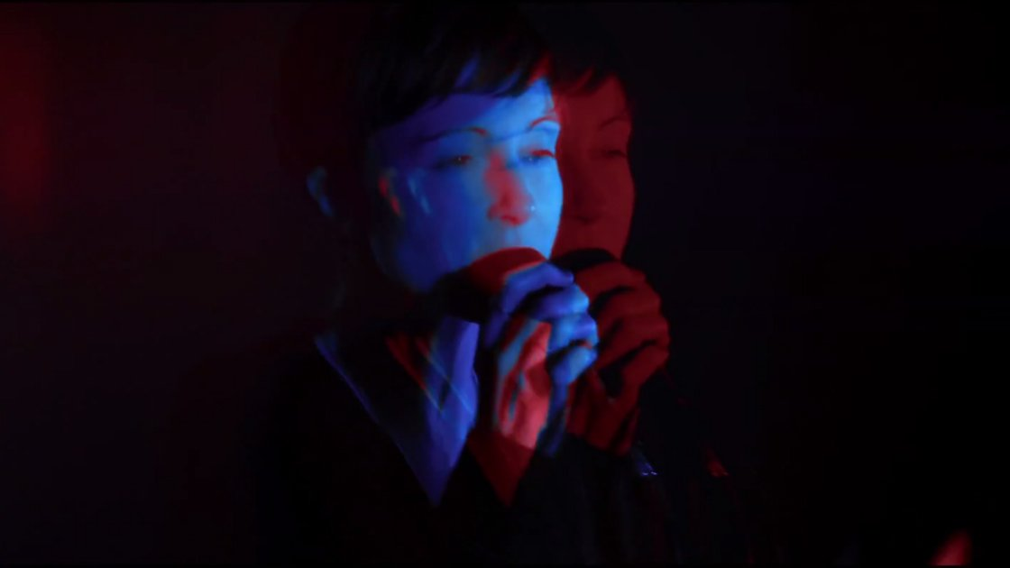 "image for article ""Spilling Lines"" & ""Smug"" - Poliça Live On London Sessions [YouTube Videos]"