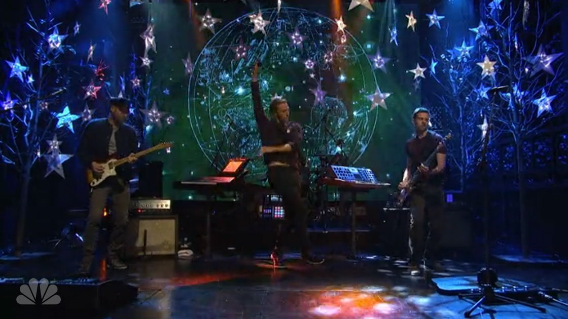 coldplay-sky-full-of-stars-saturday-night-live-snl