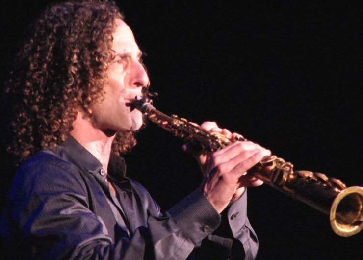 "image for article Kenny G's ""Going Home"" Used to Herd People Out of Public Places in China"