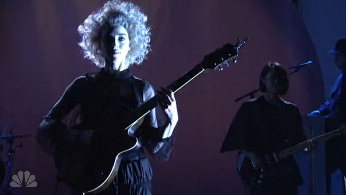 st-vincent-birth-in-reverse-saturday-night-live-5-17-2014