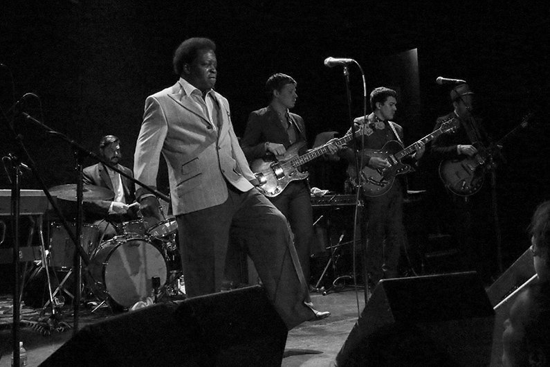 image for article Lee Fields Talks James Brown, Dan Auerbach, The Expressions, and The Power of Love [Zumic Interview]
