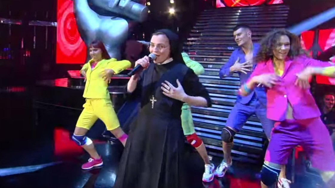 the-voice-of-italy-singing-nun-dancing