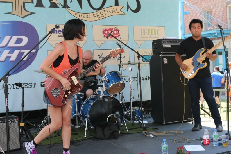 Crazy-Pills-band-Amanda-Eddie-4-Knots-Music-Festival-NYC-2014