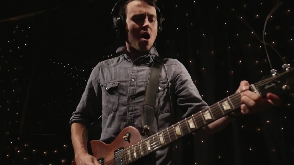 Lee-Baines-III-and-the-glory-fires-guitarist-KEXP-studio-2014