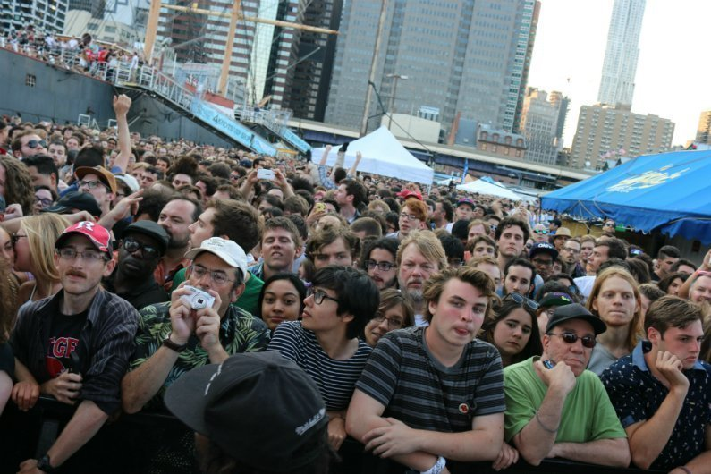 crowd-4-Knots-Music-Festival-NYC-2014
