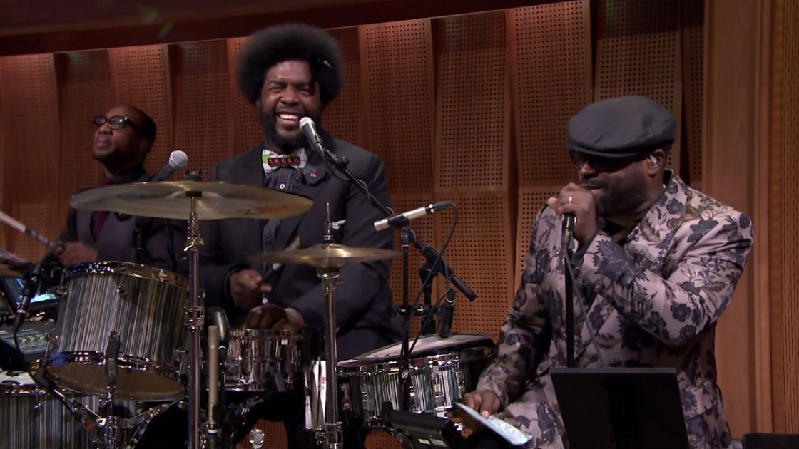 freestyling-with-the-roots-jimmy-fallon-back-yard-hang-out-music