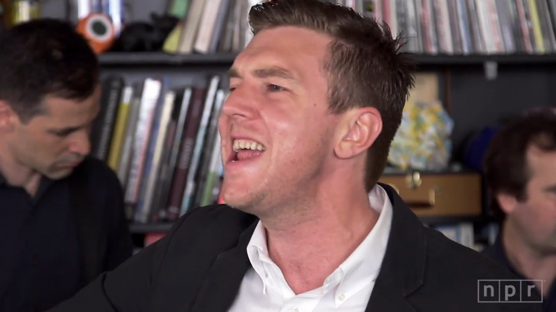 image for article Hamilton Leithauser NPR Music Tiny Desk Concert 2014 [YouTube Video]