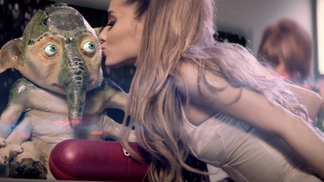ariana-grande-zedd-break-free-official-music-video-7