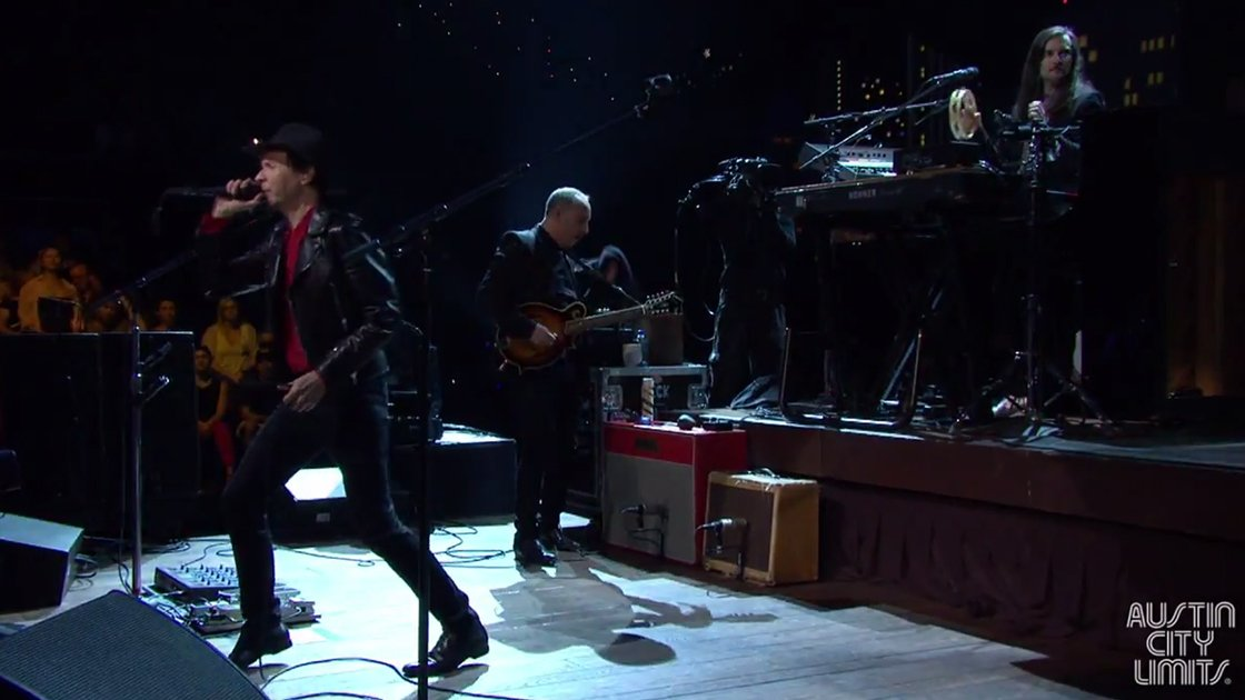 beck-austin-city-limits-loser-youtube-2014-action