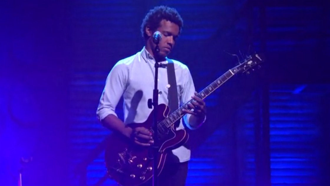 "image for article ""Have You Seen My Son"" & ""Violent Shiver"" - Benjamin Booker on Conan 8.11.2014 [Official Videos]"