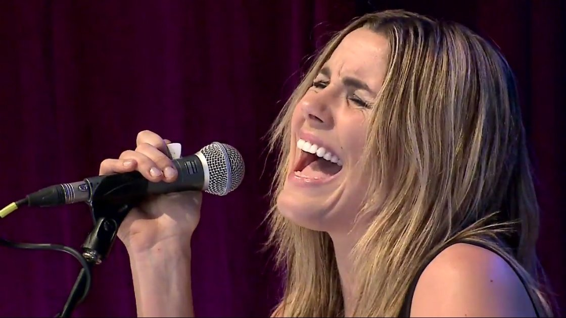 "image for article ""The Lion The Beast The Beat"" - Grace Potter Live at Byron Bay Bluesfest 6.27.2014 [Official YouTube Video]"
