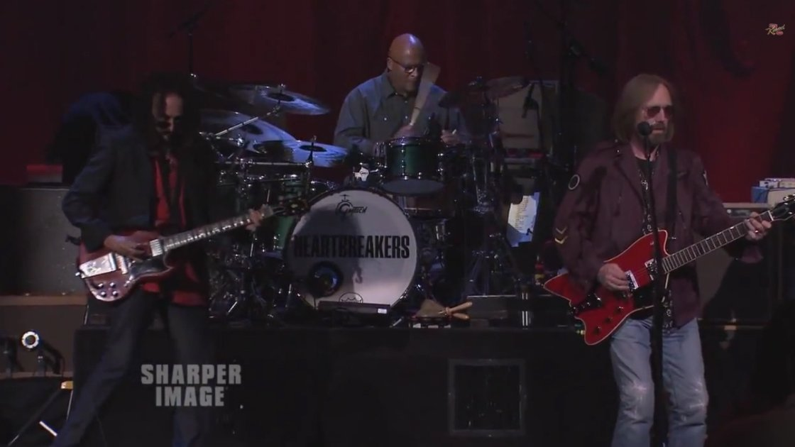 tom-petty-and-the-heartbreakers-jimmy-kimmel-playing-2014