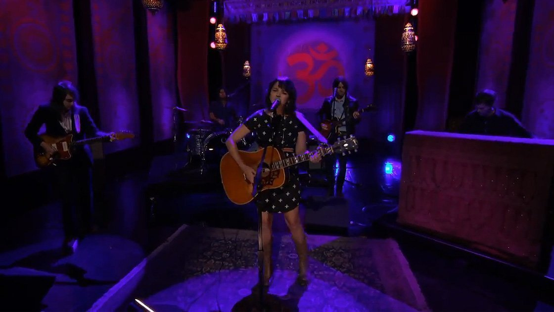 norah-jones-conan-obrien-george-harrison-week-youtube-video-2014