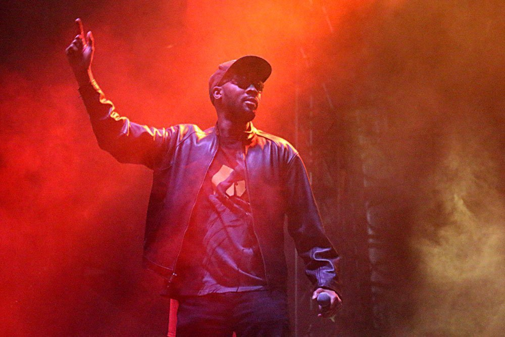 image for article Rain, Rock, and Wu-Tang at Riot Fest Denver 2014 Day 3 [Recap + Photos]