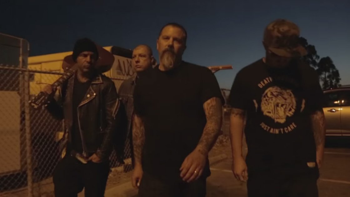 rancid-honor-is-all-we-know-youtube-video-band-walking