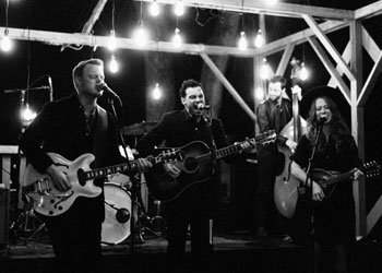 image for event The Lone Bellow and The Wild Reeds